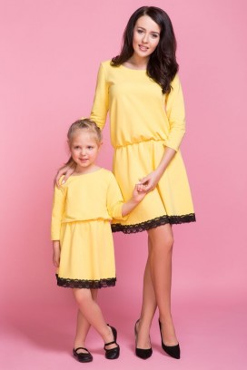 MMD1-6 Žlté šaty s čipkou - dcérka