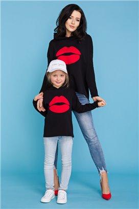 MMM22-2 Čierna mikina Kiss - mama