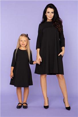 MMM24-3 Čierne šaty s 3/4 rukávom - mama