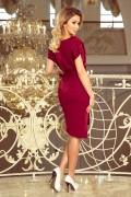 240-2 Krátke bordové púzdrové šaty s opaskom