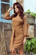 275-1 Krátke hnedé šaty s previazaním okolo pásu